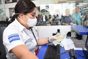 El Salvador prohíbe el ingreso de coreanos e italianos por coronavirus